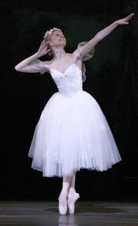Ponmarenko in La Sylphide; photo by Angela Sterling